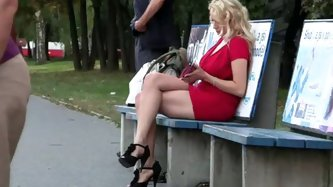 BUS STOP BABE GIVES KILLER BLOWJOBS - Reality porn tube video