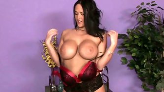 Voracious brunette MILF with super big boobies pleases her brutal stud with solid handjob. Look at that buxom hooker in Fantasy Massage porn video!